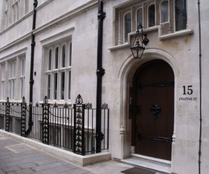 stone-cleaning-and-restoration-in-Mayfair-London