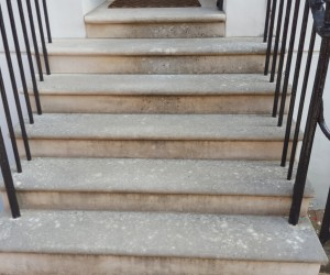 pressure washing stone steps London, before